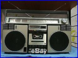 Raro! Aiwa Tpr-945e Boombox Ghettoblaster Serviced Vintage 70s Cassette Player