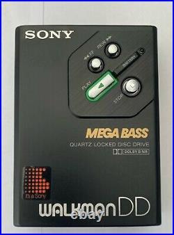 Sony WM-DD30, SERVICED! New center gear, pinch roller and capstan. Beautiful