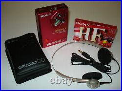 Sony Walkman WM-DD30 + Sony Headphones MDR-30 neuwertiger Zustand
