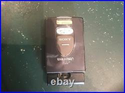 Sony Walkman WM-FX1 New belt, plays tapes and radio working