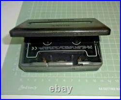 Sony, Walkman WM-FX551 FM / AM / Auto Reverse Cassette player SN 13609