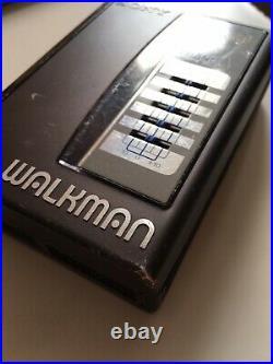Vintage/classic SONY WALKMAN WM-36 DOLBY 1987. (TESTED & WORKING)